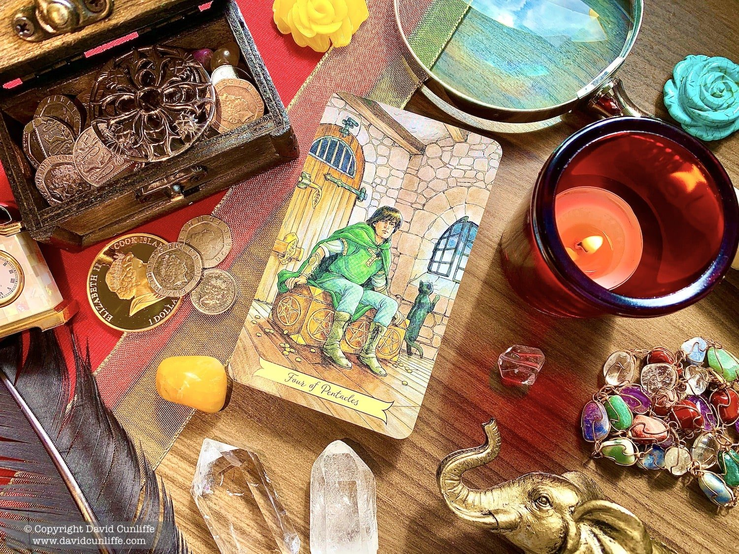 Tarot: Four of Pentacles